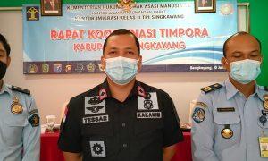 Tessar, Kepala Kantor Imigrasi II TPI Singkawang. Foto: Kurnadi/Jurnalis.co.id